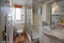 GoldenBay_Scilly_Bathroom-1